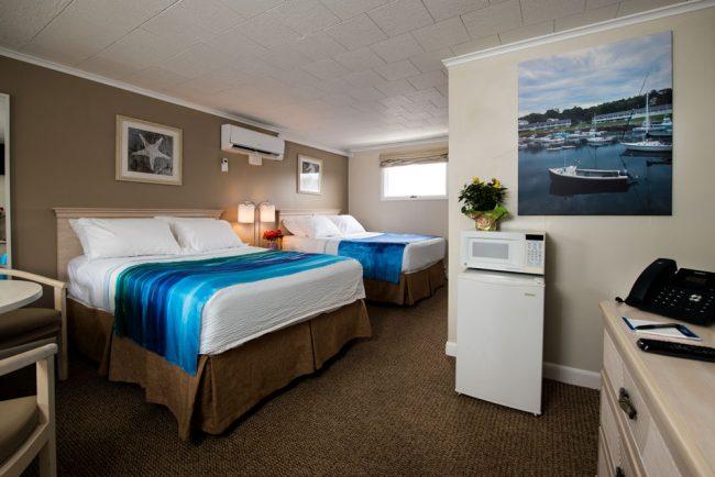 Two Double Beds in Footbridge Motel in Ogunquit, Maine