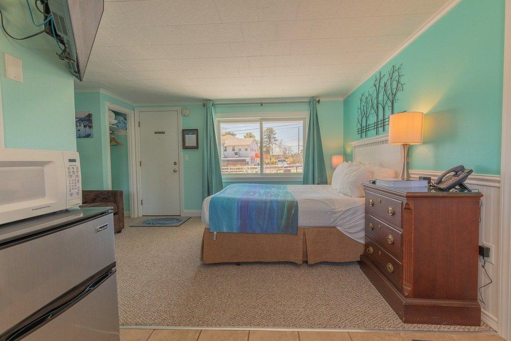Footbridge Motel Room 01 | Bedroom Side View