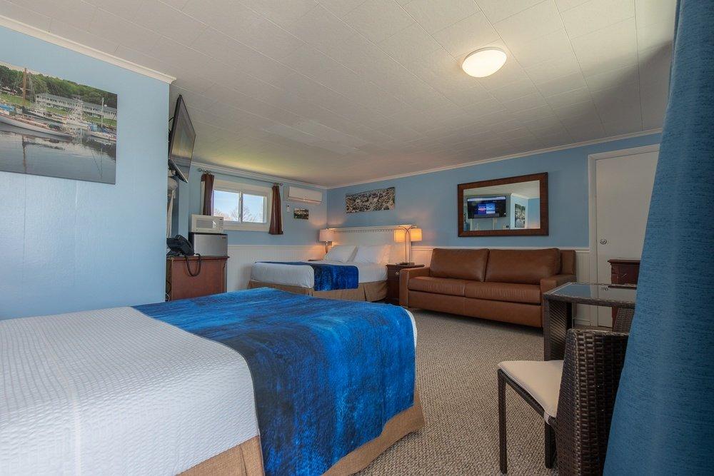 Footbridge Motel Room 02 | Bedroom Perspective