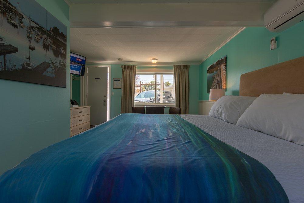 Footbridge Motel Room 05 | Side View Inside