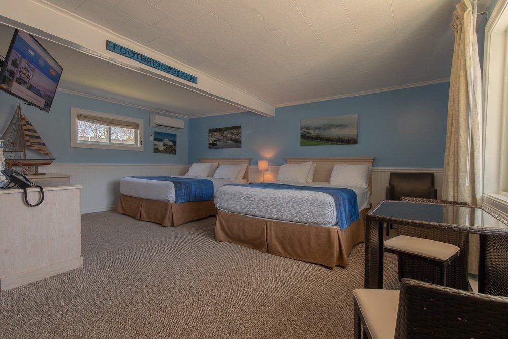 Footbridge Motel Room 06   Perspective View Entrance