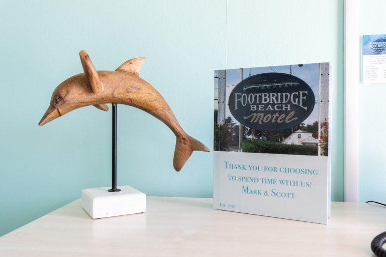 Footbridge Motel Room 07 | Dolphin Decoration