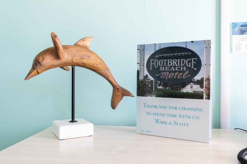Footbridge Motel Room 07 | Dolphin Decoration