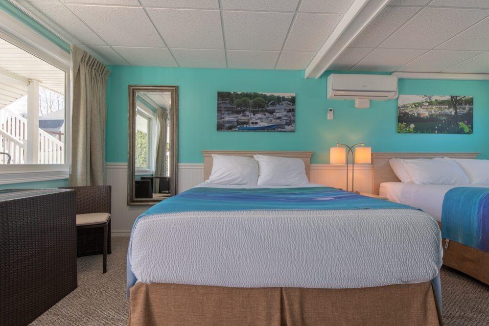 Footbridge Motel Room 09 | Frontal