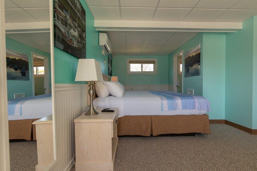 Footbridge Motel Room 11 | Side View Entrance Side