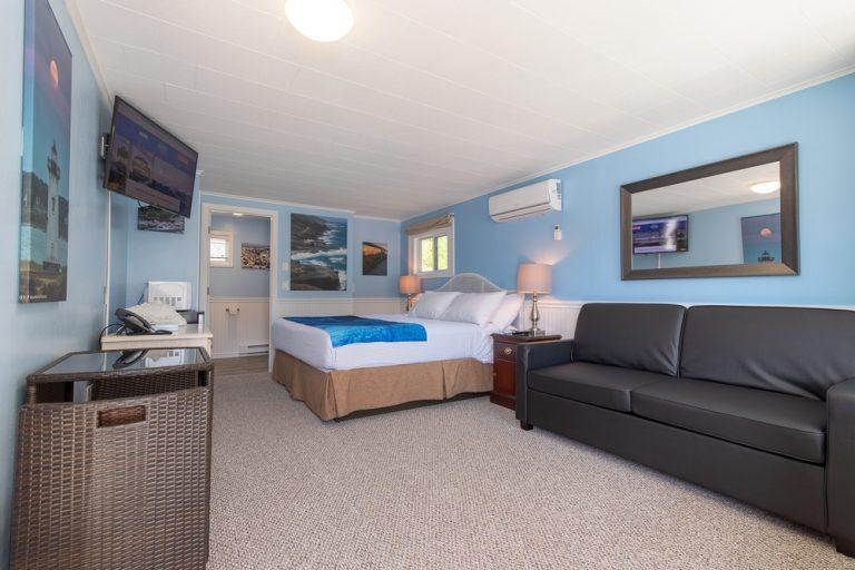 Footbridge Motel Room 12 | Perspective