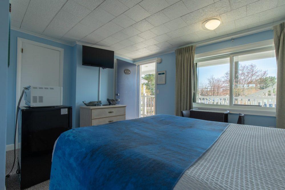 Footbridge Motel Room 16 | Corner View Interior