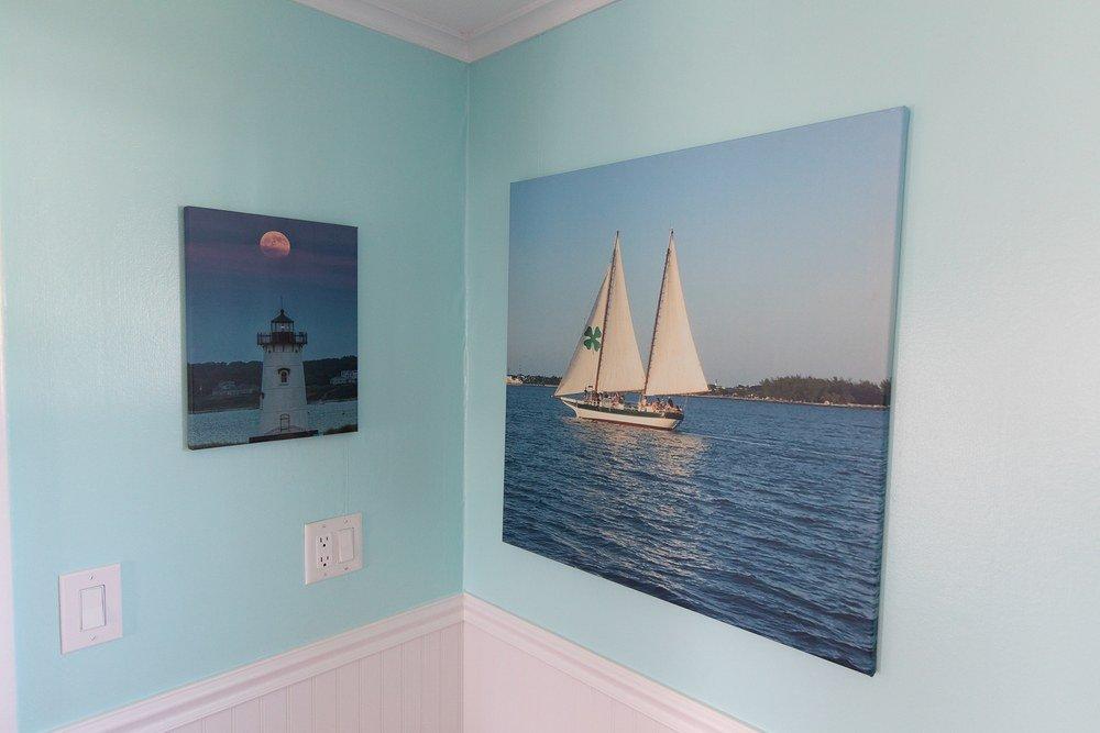 Footbridge Motel Room 17   Sailing Painting Decoration