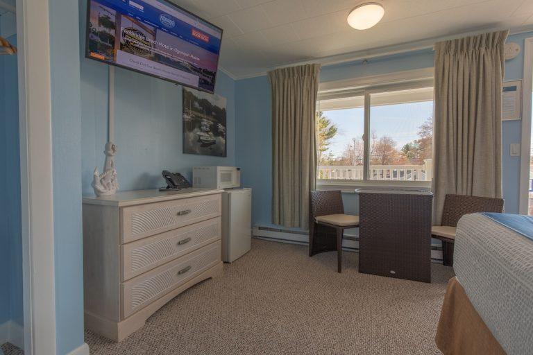 Footbridge Motel Room 20 | Living Room Perspective