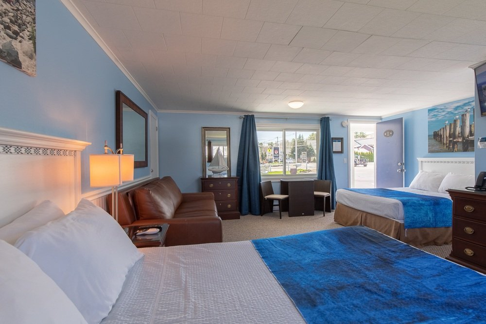 Footbridge Motel Room 02 | Corner View